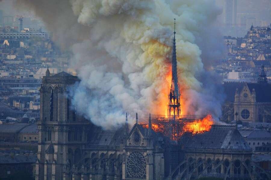Notre Dame Tulipalo