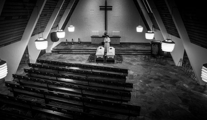 Hiljaiset Hautajaiset